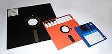 220px-Floppy_disk_2009_G1 by george chernilevsky