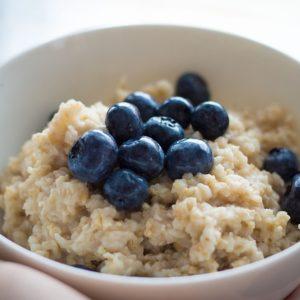 blueberries-oatmeal-pixabay